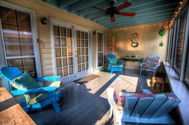Creating the Perfect Three Season Porch